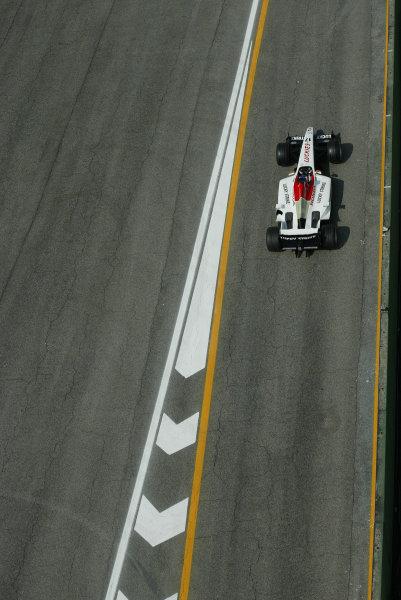 2003 San Marino Grand Prix - Friday 1st QualifyingImola, Italy. 18th April 2003Jenson Button, BAR Honda 005, action.World Copyright: Steve Etherington/LAT Photographic ref: Digital Image Only