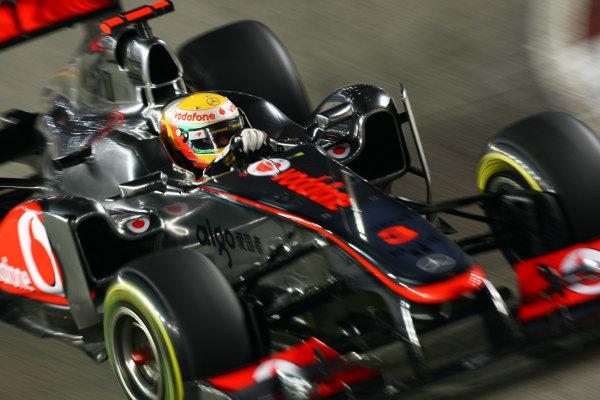 Marina Bay Circuit, Singapore.24th September 2011.Lewis Hamilton, McLaren MP4-26 Mercedes. Action. World Copyright: Andy Hone/LAT Photographicref: Digital Image CSP28434