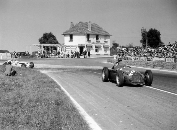 1951 French Grand Prix Reims, France. 1 July 1951 Giuseppe Farina (Alfa Romeo 159), 5th position, leads Johnny Claes (Lago-Talbot T26C-DA).World Copyright: LAT PhotographicRef: 51/32/26-26A