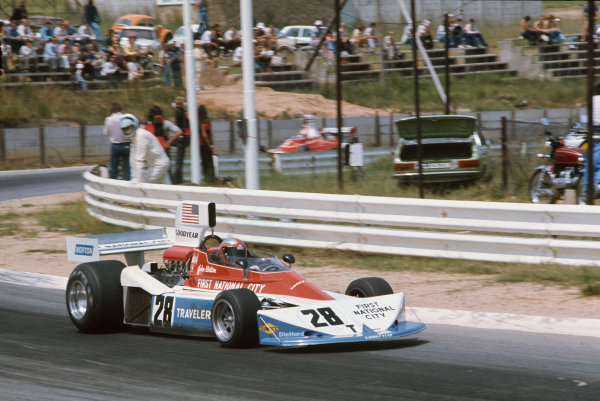 Kyalami, South Africa. 4-6 March 1976. John Watson, Penske PC3 Ford. Ref: 76SA14. World Copyright - LAT Photographic