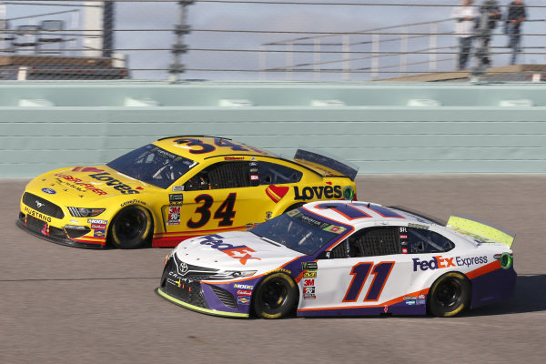 #11: Denny Hamlin, Joe Gibbs Racing, Toyota Camry FedEx Express #34: Michael McDowell, Front Row Motorsports, Ford Mustang Love's Travel Stops