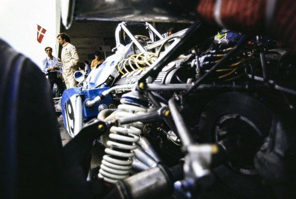 Jean-Pierre Beltoise with his Matra MS120 in the pit lane.