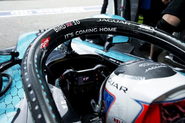 Sam Bird (GBR), Jaguar Racing, in his cockpit