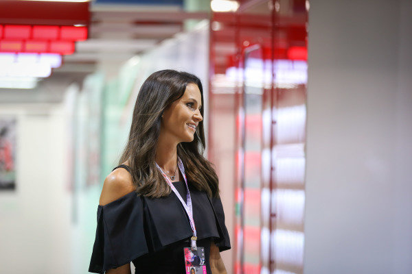 Minttu Virtanen (FIN) wife of Kimi Raikkonen (FIN) Ferrari at Formula One World Championship, Rd15, Singapore Grand Prix, Qualifying, Marina Bay Street Circuit, Singapore, Saturday 17 September 2016.