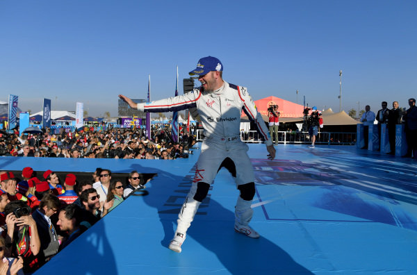 Sam Bird (GBR), Envision Virgin Racing, 3rd position, celebrates on the podium