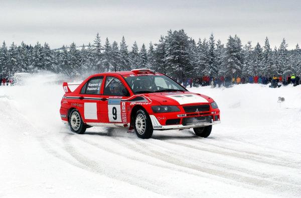 2002 World Rally ChampionshipUddeholm Swedish Rally, 1st-3rd February 2002.Paasonen on stage 3.Photo: Ralph Hardwick/LAT