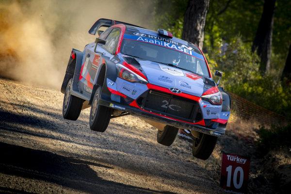 Pierre-Louis Loubet (FRA), Hyundai 2C Competition, Hyundai i20 WRC