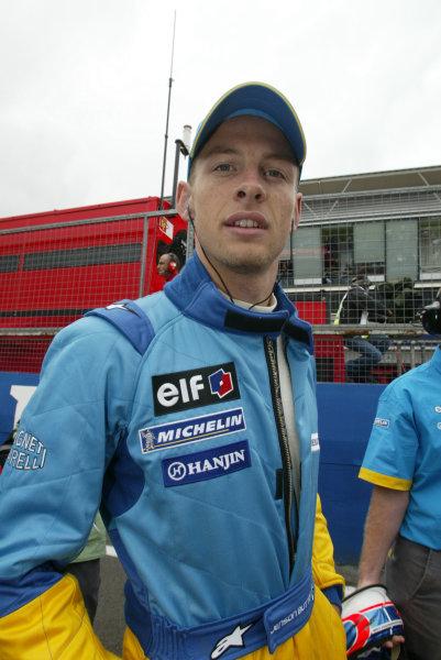 2002 British Grand Prix - Sunday RaceSilverstone, England. 7th July 2002Jenson Button (Renault R202).World Copyright - LAT Photographicref: digital file
