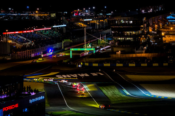 2016 Le Mans 24 Hours. Circuit de la Sarthe, Le Mans, France. Sunday 19 June 2016. A view of the Ford Chicane and start/finish straight during the race. World Copyright: Zak Mauger/LAT Photographic ref: Digital Image _79P8326
