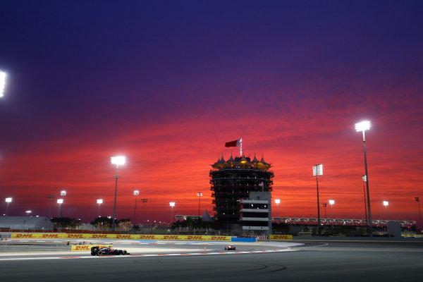 Bahrain International Circuit, Sakhir, Bahrain. Friday 01 April 2016. Jenson Button, McLaren MP4-31 Honda, chases a Ferrari. World Copyright: Steven Tee/LAT Photographic ref: Digital Image _H7I8200