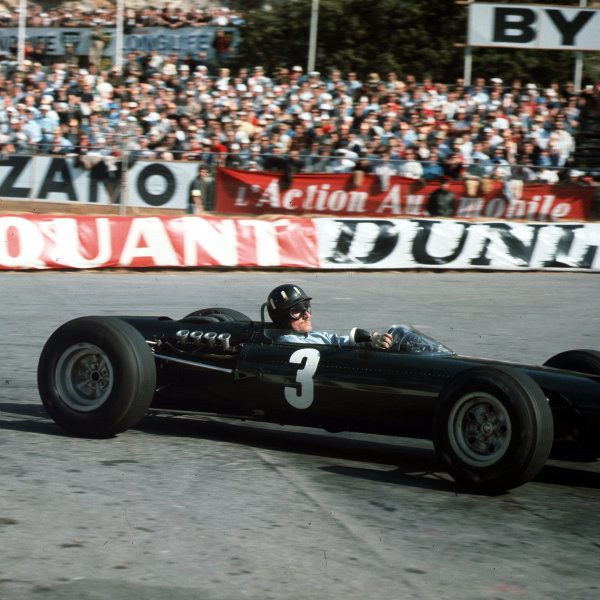 Monte Carlo, Monaco.28-30 May 1965.Graham Hill (BRM P261) 1st position.Ref-3/1652.World Copyright - LAT Photographic