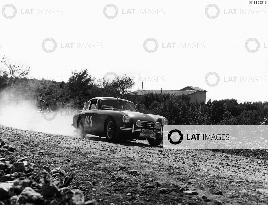 Plan D Aups, France. 14th July 1958,Cyril Pilgrim/A A. Wright, A C. Aceca, action.World Copyright: LAT Photographic.Ref: Autocar Used Pic Pg 83, 18th July 1958.