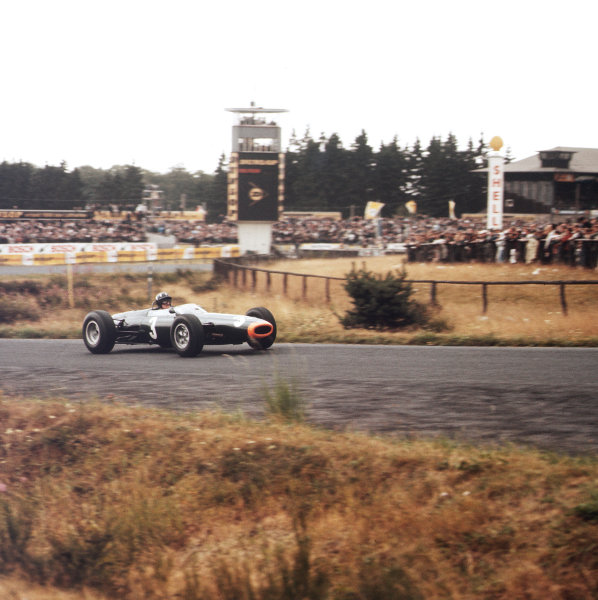 Nurburgring, Germany.31/7-2/8 1964.Graham Hill (BRM P261) 2nd position.Ref-3/1382.World Copyright - LAT Photographic