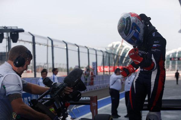 2013 GP2 Series. Round 10.  Marina Bay Circuit, Singapore. 22nd September 2013. Sunday Race.  Sam Bird (GBR, RUSSIAN TIME) celebrates his victory.  World Copyright: Alastair Staley/GP2 Media Service  ref: Digital Image _R6T1101.jpg