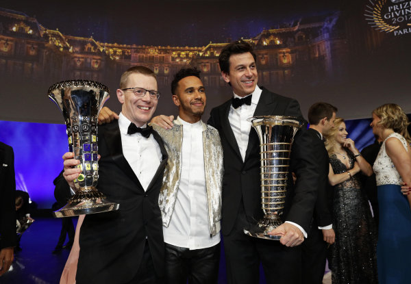 FIA Prize Giving Versailles, France. December 8, 2017. Lewis Hamilton and Toto Wolff during the FIA Prize Giving at Versailles. World Copyright: Frederic Le Floc'h / DPPI / FIA Image ref: Digital image auto---fia-prize-giving---versailles-2017_38932387241_o