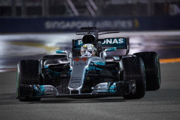 Marina Bay Circuit, Marina Bay, Singapore. Sunday 17 September 2017. Lewis Hamilton, Mercedes F1 W08 EQ Power+.  World Copyright: Steve Etherington/LAT Images  ref: Digital Image SNE19037