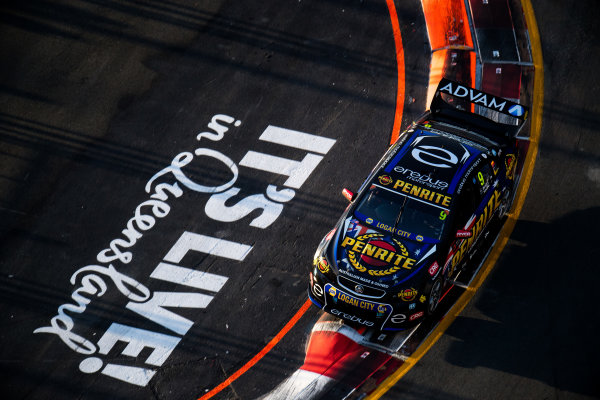 2017 Supercars Championship Round 12.  Gold Coast 600, Surfers Paradise, Queensland, Australia. Friday 20th October to Sunday 22nd October 2017. David Reynolds, Erebus Motorsport Holden.  World Copyright: Daniel Kalisz/LAT Images Ref: Digital Image 201017_VASCR12_DKIMG_1439.jpg