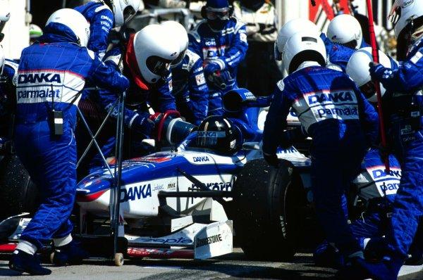 1997 Hungarian Grand Prix.Hungaroring, Budapest, Hungary.8-10 August 1997.Damon Hill (Arrows A18 Yamaha) 2nd position.World Copyright - Elford/LAT Photographic