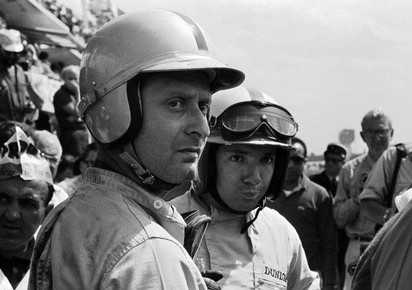 Nino Vaccarella and Pedro Rodriguez in the pits.