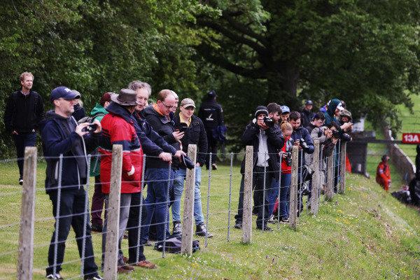 Fans return to Brands Hatch