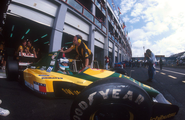 1992 French Grand Prix. Magny-Cours, France. 3-5 June 1992. Mika Hakkinen (Lotus 107 Ford) 4th position, about to be rolled back into the garage. Ref-92 FRA 04. World Copyright - LAT Photographic