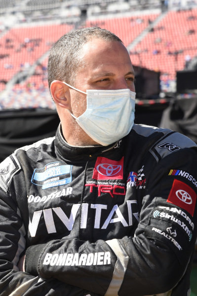 #13: Johnny Sauter, ThorSport Racing, Toyota Tundra Vivitar/RealTree