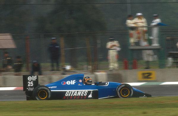 1991 Mexican Grand Prix.Mexico City, Mexico.14-16 June 1991.Thierry Boutsen (Ligier JS35 Lamboghini) 8th position.Ref-91 MEX 20.World Copyright - LAT Photographic