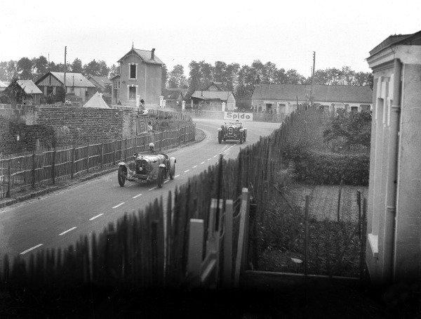 1931 Le Mans 24 hours.Le Mans, France. 13-14 June 1931.Yves Giraud-Cabantous/Roger Labric (Caban Speciale-Ruby K) leads Henri Trebor/Louis Balart (Lorraine-Dietrich B3-6).Ref-Motor 731/4.World Copyright - LAT Photographic