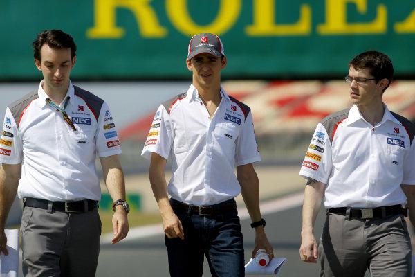 Esteban Gutierrez (MEX) Sauber walks the track. Formula One World Championship, Rd5, Spanish Grand Prix, Preparations, Barcelona, Spain, Thursday 8 May 2014.