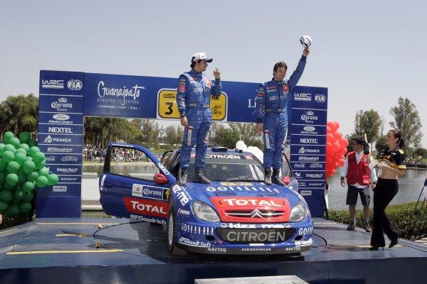 2006 FIA World Rally Champs. Round Three; Rally Mexico.; 2nd - 5th March 2006.Sebastien Loeb, Daniel Elena, Citroen, podium. World Copyright: LAT/McKlein