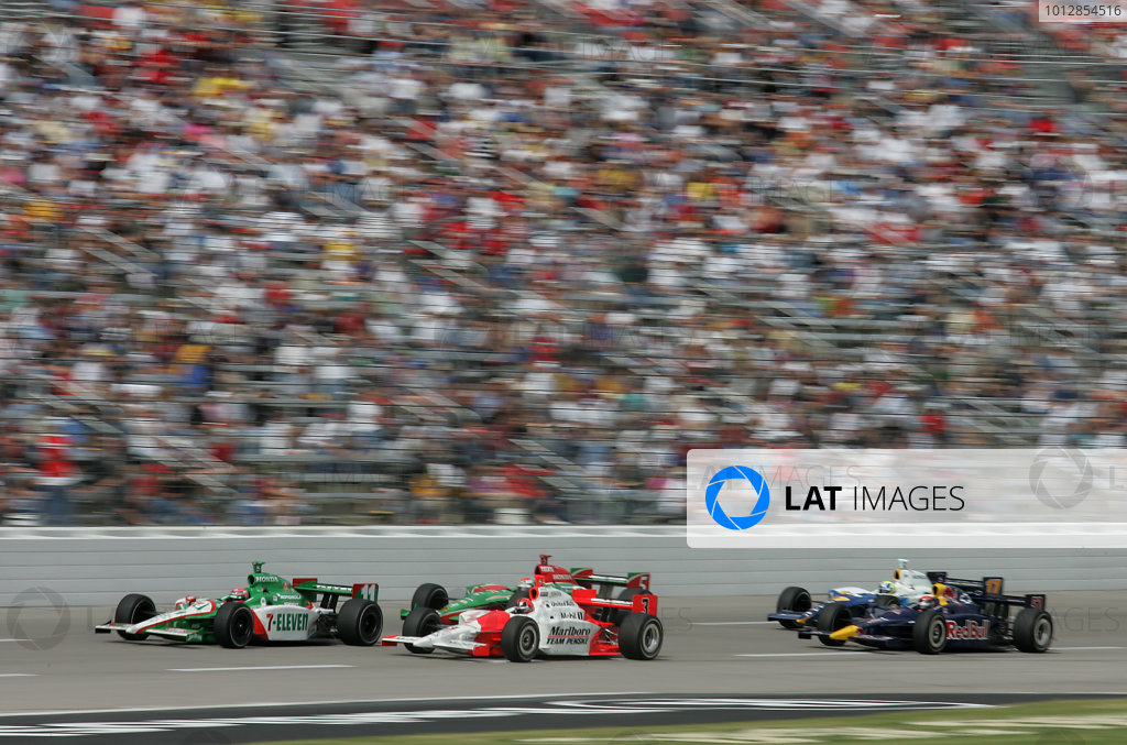 15-17 October, 2004, Texas Motor Speedway, Fort Worth, Texas, Tony Kanaan, Helio Castroneves, Adrian Fernandez, - Michael Kim, USA LAT Photographic