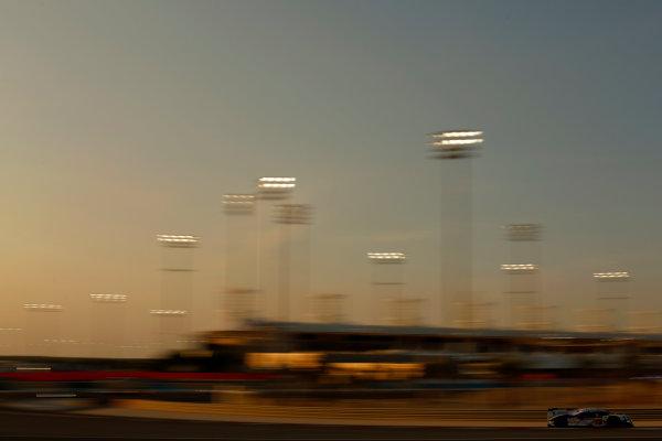 2015 FIA World Endurance Championship Bahrain 6-Hours Bahrain International Circuit, Bahrain Saturday 21 November 2015. Alexander Wurz, St?phane Sarrazin, Mike Conway (#2 LMP1 Toyota Racing Toyota TS 040 Hybrid). World Copyright: Alastair Staley/LAT Photographic ref: Digital Image _R6T9698