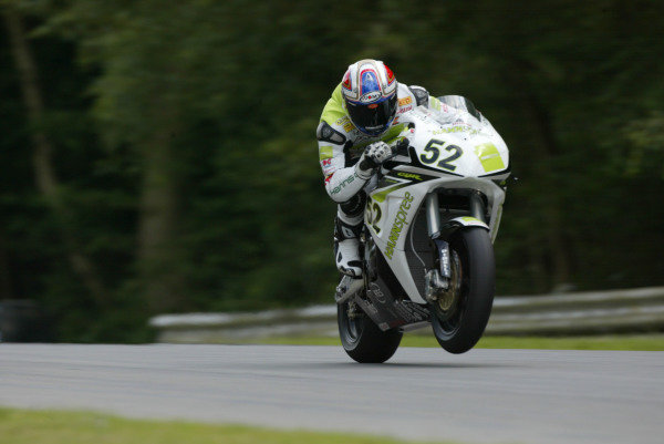 Brands Hatch, England. 3rd - 5th August 2007. James Toseland, Hannspree Honda CBR1000RR. Action. World Copyright: Kevin Wood/LAT Photographic ref: Digital Image F0AA9845a