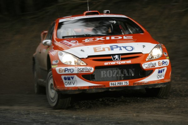 2006 FIA World Rally Champs. Round sixteen.Wales Rally GB. 1st-3rd December 2006.Henning Solberg, Peugeot, action. World Copyright: McKlein/LAT