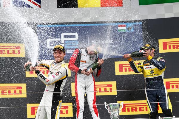 2014 GP2 Series Round 7. Hungaroring, Budapest, Hungary. Sunday 27 July 2014. Stoffel Vandoorne (BEL, ART Grand Prix), Jolyon Palmer (GBR, DAMS) & Felipe Nasr (BRA, Carlin)  Photo: Sam Bloxham/GP2 Series Media Service. ref: Digital Image _SBL9505
