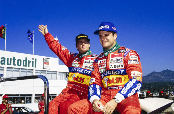 Eddie Irvine and Rubens Barrichello on the drivers' parade.