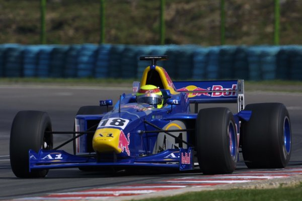 2001 F3000 Championship - RaceHungaroring, Hungary. 18th August 2001World Copyright - LAT Photographicref: 8 9 MB Digital