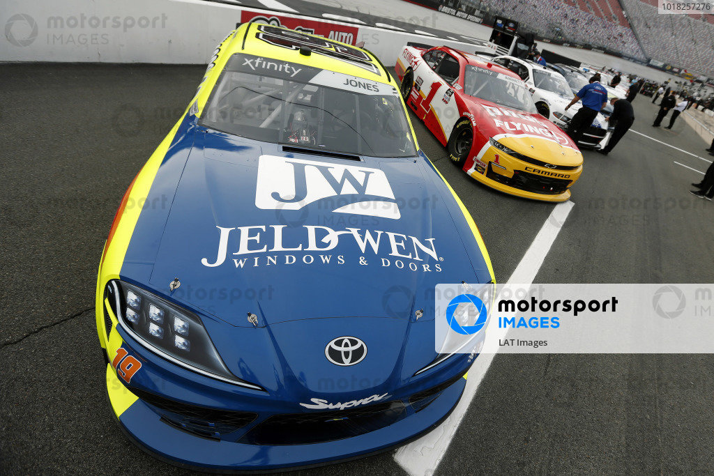 #19: Brandon Jones, Joe Gibbs Racing, Toyota Supra Menards/Jen-Weld