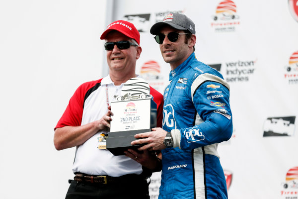 2017 Verizon IndyCar Series - Firestone Grand Prix of St. Petersburg St. Petersburg, FL USA Sunday 12 March 2017 Simon Pagenaud getting trophy World Copyright:Sam Cobb/LAT Images ref: Digital Image cobb-stpete-170312-4622