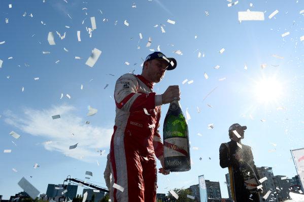 2016/2017 FIA Formula E Championship. Round 12 - Montreal ePrix, Canada Sunday 30 July 2017. Robin Frijns (NLD), Amlin Andretti, Spark-Andretti, ATEC-02, celebrates on the podium. Photo: Patrik Lundin/LAT/Formula E ref: Digital Image PL1_3810 copy