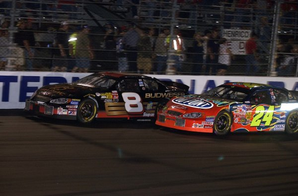 2003 NASCAR, Chevy Rock & Roll 400, Richmond Va. USADale Earnhardt Jr. and Jeff Gordon Battle for the lead,World Copyright -RobertLeSieur ,2003LAT Photographic-ref: digital image