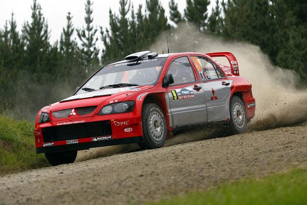 2004 FIA World Rally Champs. Round four, Propecia Rally New Zealand.15th-18th April 2004.Gilles Panizzi, Mitsubishi, action.World Copyright: McKlein/LAT
