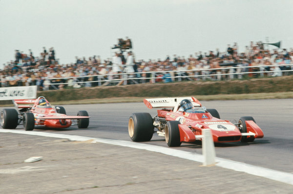 1971 British Grand Prix.  Silverstone, England. 15-17th July 1971.  Jacky Ickx, Ferrari 312B2, retired, leads Ronnie Peterson, March 711 Ford, 2nd position.  Ref: 71GB17. World Copyright: LAT Photographic