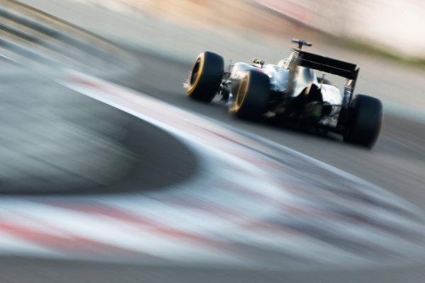 Yas Marina Circuit, Abu Dhabi, United Arab Emirates. Sunday 23 November 2014. Adrian Sutil, Sauber C33 Ferrari. World Copyright: Andy Hone/LAT Photographic. ref: Digital Image _ONZ2799