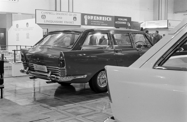 Ford Zodiac Mk3 estate car