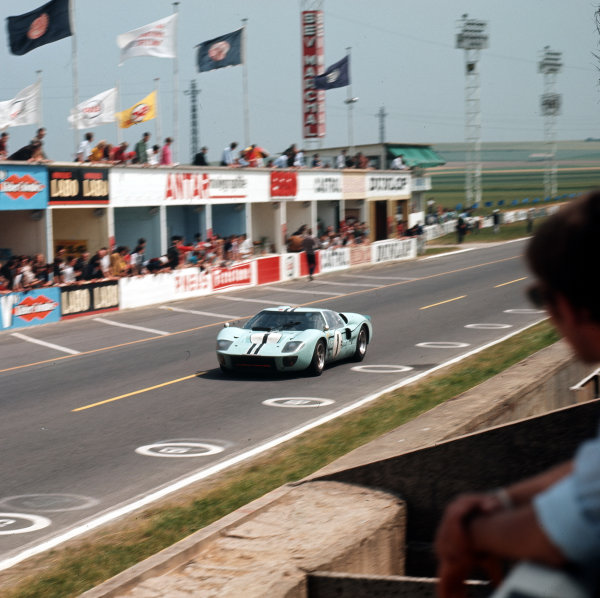 1967 Reims 12 hours.