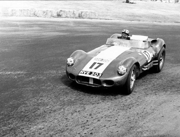 Teretonga Park, New Zealand. 8th February 1958.Archie Scott Brown (Lister-Jaguar), 1st position, action.World Copyright: LAT Photographic.Ref: B&W Print.