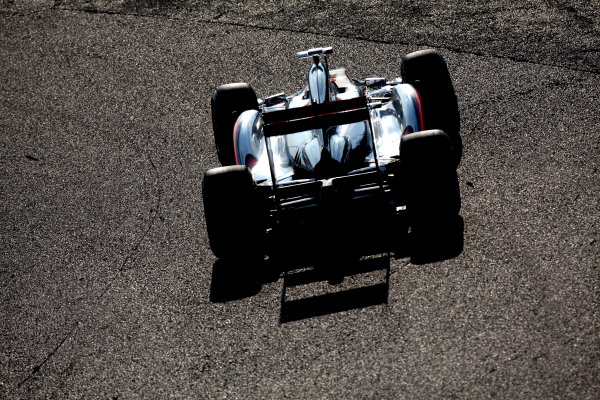 Suzuka Circuit, Suzuka, Japan.7th October 2011.Jenson Button, McLaren MP4-26 Mercedes. Action. World Copyright: Glenn Dunbar/LAT Photographicref: Digital Image IMG_2638