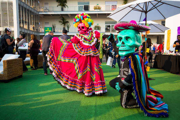 Autodromo Hermanos Rodriguez, Mexico City, Mexico. Thursday 26 October 2017. Day of the Dead-style costumes are worn in the paddock. World Copyright: Sam Bloxham/LAT Images  ref: Digital Image _W6I9317