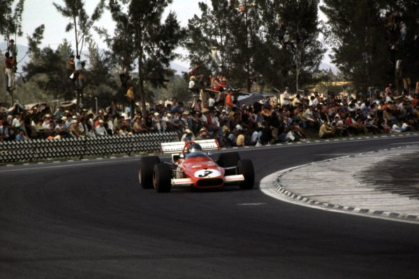 1970 Mexican Grand Prix.Mexico City, Mexico.23-25 October 1970.Jacky Ickx (Ferrari 312B) 1st position.Ref-70 MEX 03.World Copyright - LAT Photographic